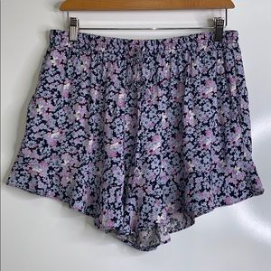 MOSSIMO • Floral Ruffle Pull On Summer Shorts